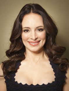 Madeleine Stowe (born in Los Angeles, California (USA) on August Classic Actresses, Hollywood Actresses, Beautiful Celebrities, Beautiful Actresses, Victoria Grayson, Alabaster Skin, Madeleine Stowe, Divas, Beautiful Old Woman