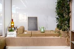 Homihortus is surely the most interesting space in the stylistic world of Homi. The concept of vegetable garden is bright in all the rooms of the house. Each space is influenced by the green touch, creating real green corners.