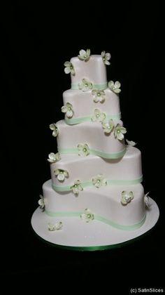 angled heart cake