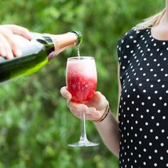 A Bellini is a cocktail of fruit puree and sparkling wine, champagne or prosecco, invented by the Italians. This concoction was made upby my kitchen buddy Mike at My Food Bag when we had a bit of a party in … Continued