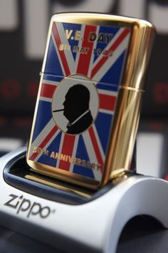 ZIPPO LIGHTER GOLD PLATED V E DAY 50th ANNIVERSARY UNION JACK WINSTON CHURCHILL RARE & UNUSUAL ZIPPO LIGHTERS, CASES, AND ACCESSORIES From easyonthewedge2011