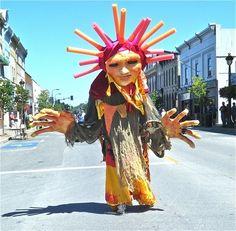 sunshine_giant_puppet.w450h450.jpg (450×441)