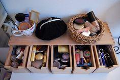 Alma Camponesa » Arquivos » Organizando a maquiagem.