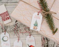 These gift tags are in classic colors of red and green and feature cozy Holiday images. Free printable!