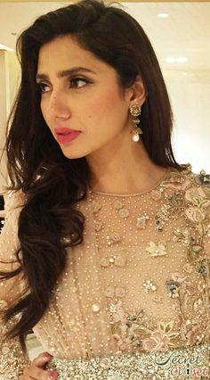 mahira_khan_for_bin_roye_2015_540_20