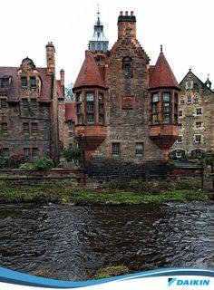 Castelo Medieval em Edimburgo na Escócia. Já imaginou isso para a época?