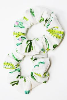 Cactus Print Hair Scrunchie Cactus Scrunchy Top Knot Hair Tie Gentle Hair Elastic Hair Accessories Gift Handmade One Hair Scrunchie Cactus Print Hair Scrunchies Hair Ties Scrunchy Cactus Scrunchies Are Back Ponytail Hairstyles Floral No Crease Handmade Shorts E Blusas, Perfect Messy Bun, Cactus Print, Cactus Cactus, Cacti, One Hair, Bandeau, Top Knot, Up Hairstyles