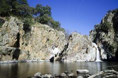La práctica del senderismo ha experimentado un gran auge en los últimos años, y no es de extrañar si se tienen en cuenta las ventajas que este deporte nos Spain, Hiking, Water, Travel, Outdoor, Beautiful, Ideas Para, Nature, Hiking Trails