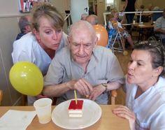 Día de cumpleaños en el centro de día Blanes! Celebramos todos los cumpleaños de los residentes que han hecho años durante el mes de junio. ¡Muchas Felicidades!
