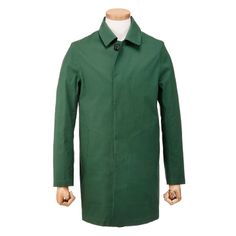 Dunoon raincoat in forrest by Mackintosh