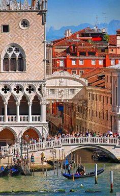 Bridge of Sighs, Venice. Photo by Twitter @archpics