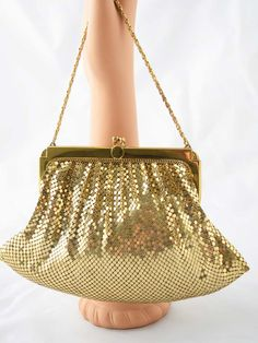 5277f55e19be7 58 Best Vintage and Retro Purses images in 2019 | Beaded bags ...