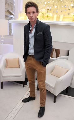 Eddie Redmayne is always in style.