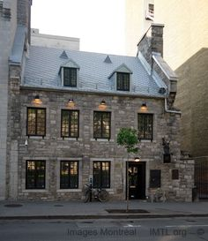 Maison La Sauvegarde Image Montreal, pictures and information and history Old Montreal, Montreal Ville, Montreal Quebec, Quebec City, Montreal Architecture, French Architecture, Discover Canada, Travel Oklahoma, Architecture