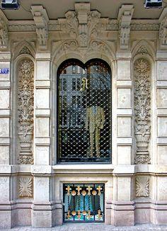 Barcelona - Rbla. Catalunya 101 e   Flickr - Photo Sharing!