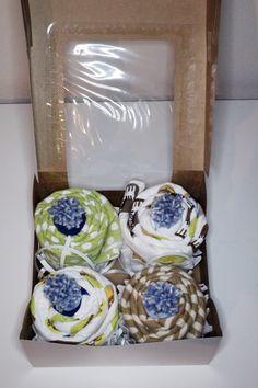 cupcake baby shower gift.