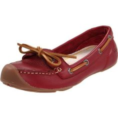 KEEN Women's Catalina Slip-on Shoe Now for Leather. Heel measures approximately Part boat shoe, part slender flat, this casual leather shoe makes a distinctive statement. Top Shoes, Slip On Shoes, Black Shoes, Keen Shoes Women, Casual Leather Shoes, Womens Flats, Loafers, Clothes For Women, My Style