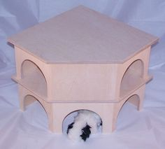 ger umiges holzhaus mit treppe lazzyys kuschelshop. Black Bedroom Furniture Sets. Home Design Ideas