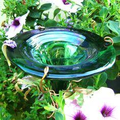 HUMMINGBIRD Feeder IRIDESCENT Green glass by GloriasGlassGarden