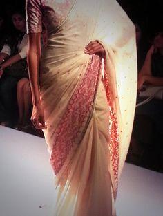 Handloom #Sarees by Soumitra Mondal's