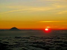 Mount Agung Sunset, Indonesia