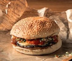 Fan des burgers de Big Fernand ? Découvrez la recette du très gourmand Le lucien...