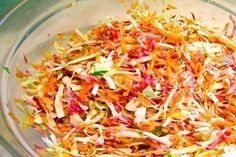 Beet, Cabbage and Carrot Slaw Best Salad Recipes, Whole Food Recipes, Vegetarian Recipes, Cooking Recipes, Healthy Recipes, Carrot Slaw, Raw Beets, Vegan Coleslaw, Whole Food Diet