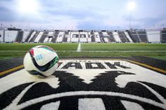 paok fc Juventus Logo, Team Logo, Soccer, Football, Logos, Sports, Fun, Places, Hs Sports