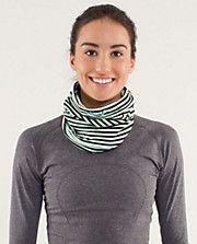 Brisk Run Neck Warmer. A scarf you can run in!!!!!!!!!!!!!