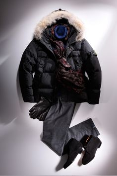 DOWN JACKET Casual Dress Outfits, Fashion Outfits, Casual Chic, Men Casual, Black Parka, Dress For Success, Colourful Outfits, Madrid, Winter Fashion