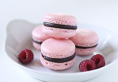 Great step-by-step Raspberry Chocolate French Macarons
