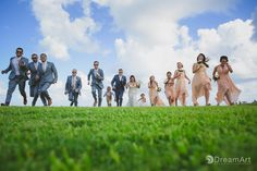 Bridal Party Picture captured in a different perspective Captured at #MoonPalace Wedding by @prweddings  #DreamArtPhotography #DreamArtWeddings #WeddingPhotography #Wedding #DestinationWeddings #Photography #Cancun #CancunPhotography #Mexico #Bride #Groom #WeddingGown #Bridesmaids #Groomsmen