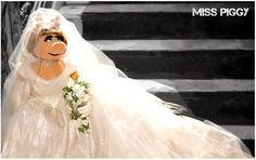 Miss Piggy wedding