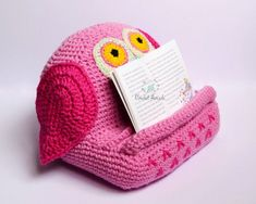 35 Of The Best Book Holders For Reading In Bed, On A Desk, And More Ipad Holder, Book Holders, Crochet Blanket Patterns, Baby Blanket Crochet, Crochet Ideas, Pillow Patterns, Kids Crochet, Crochet Pillow, Knit Patterns