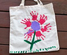 Handprint Flower Tote for for Mother's Day
