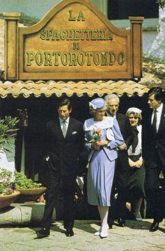 1985-04-19 Diana and Charles lunch at La Spaghetteria at Porto Rotondo, Sardinia where they met with the President of the Italian Senate