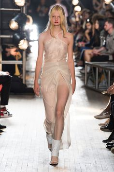 Helmut Lang Spring 2018 Ready-to-Wear Collection Photos - Vogue