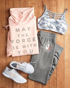 really sporty outfits Cute Workout Outfits, Workout Attire, Cute Comfy Outfits, Womens Workout Outfits, Trendy Outfits, Nike Workout Gear, Teen Fashion Outfits, Mode Outfits, Sport Outfits