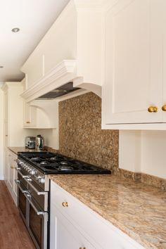 Modern Shaker Style Kitchen 32 - Billericay - Handmade Kitchen Company by Nicholas Bridger Kitchen Inspirations, Shaker Style Kitchens, Luxury Kitchen, Modern, Kitchen Company, Modern Shaker Kitchen, Kitchen Styling, Large Open Plan Kitchens, Shaker Style