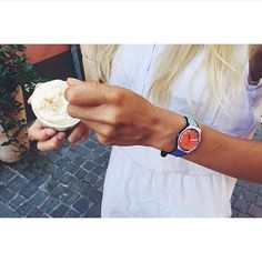 Let's enjoy the last summer days with the #swatch À COTÉ! #SportMixer #wotd #swatchwatches #covetme