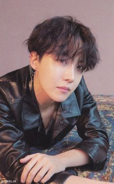 Image shared by Find images and videos about kpop, bts and jungkook on We Heart It - the app to get lost in what you love. Gwangju, Jimin, Bts Bangtan Boy, Bts Taehyung, Foto Bts, Bts Photo, Jung Hoseok, Mixtape, K Pop