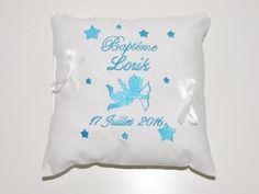 coussin baptême porte-bijoux ange et étoiles personnalisé brodé avec prénom+date