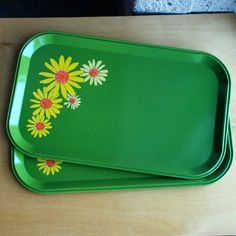 Two Vintage Green Folk Art Daisy Trays Retro Mod