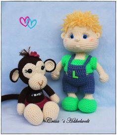 Huhu!!! Dear instas this is #thepictureoftheday This project is finished now <3  #bestfriends#bestfriend#monkey#monkeys#monkeygirl#babydoll#dollsofinstagram#blondie#blond#friendship#love#crochet#crochetingisfun#crochetersofinstagram#amigurumilove#amigas#freunde#gehäkelt#affe by crisas_haekelwelt