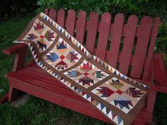 Quilted Table Runner Bear Paw and Sawtooth border