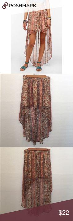 UO Ecote Sachi High Low Chiffon Skirt Beautiful high low skirt Urban Outfitters Skirts High Low