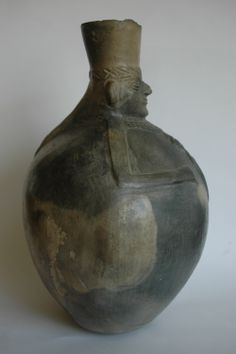 Chimu molded blackware vase