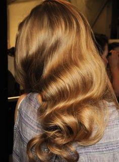 retro curls hair