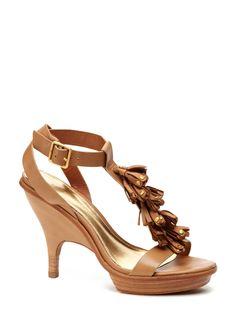 Beautiful Leifsdottir shoe.