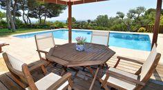 Fantastic Villa Bruc located in the prestigious residential area of Tamarit (Tarragona). Available to rent in www.hipforvip.com